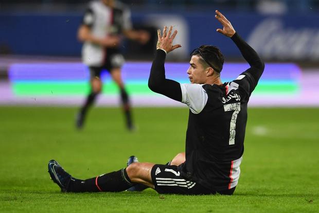 Đi thật xa để đá trận tranh cúp đầu tiên của mùa giải nhưng Ronaldo lại phải nhận cái kết đắng ngắt-6