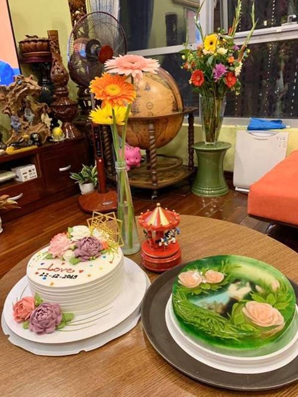 Chiếc bánh đẹp tựa như một bức tranh trong sinh nhật NSND Tự Long-3