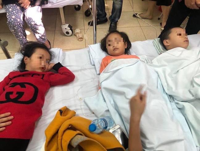 Nóng: Gần 60 học sinh mầm non ở Thanh Hóa nhập viện nghi do ngộ độc-3