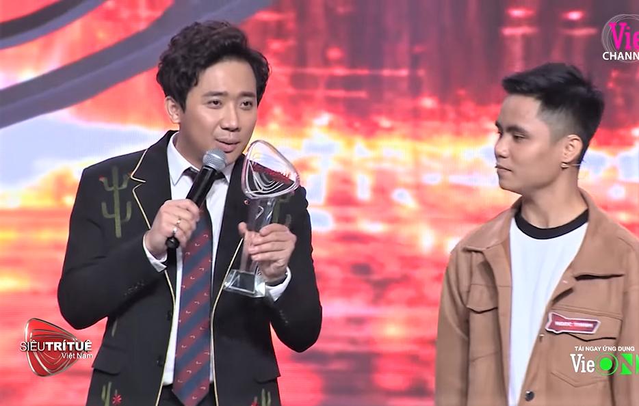 Chương trình MC Lại Văn Sâm làm giám khảo bị khán giả phẫn nộ đòi tẩy chay-1