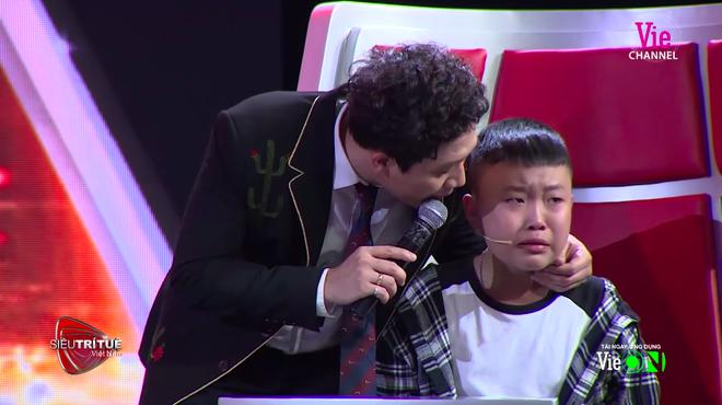 Chương trình MC Lại Văn Sâm làm giám khảo bị khán giả phẫn nộ đòi tẩy chay-4