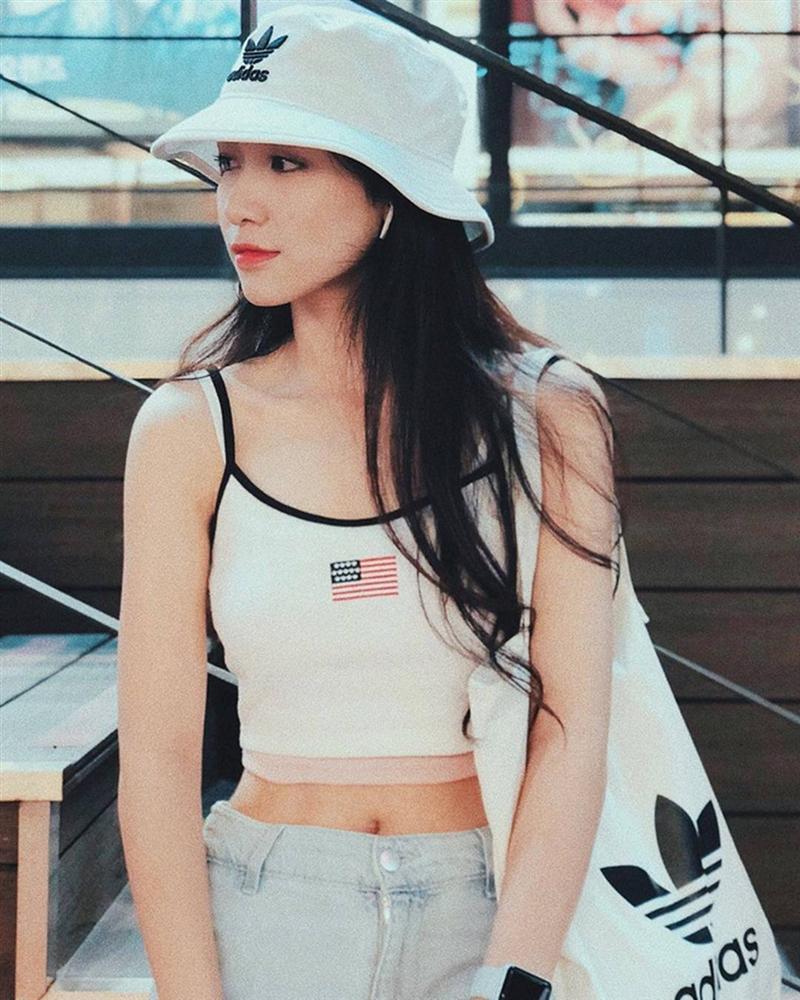 Hòa Minzy thay đổi phong cách sau tin đồn vừa sinh con-10