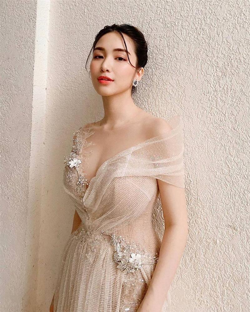 Hòa Minzy thay đổi phong cách sau tin đồn vừa sinh con-2