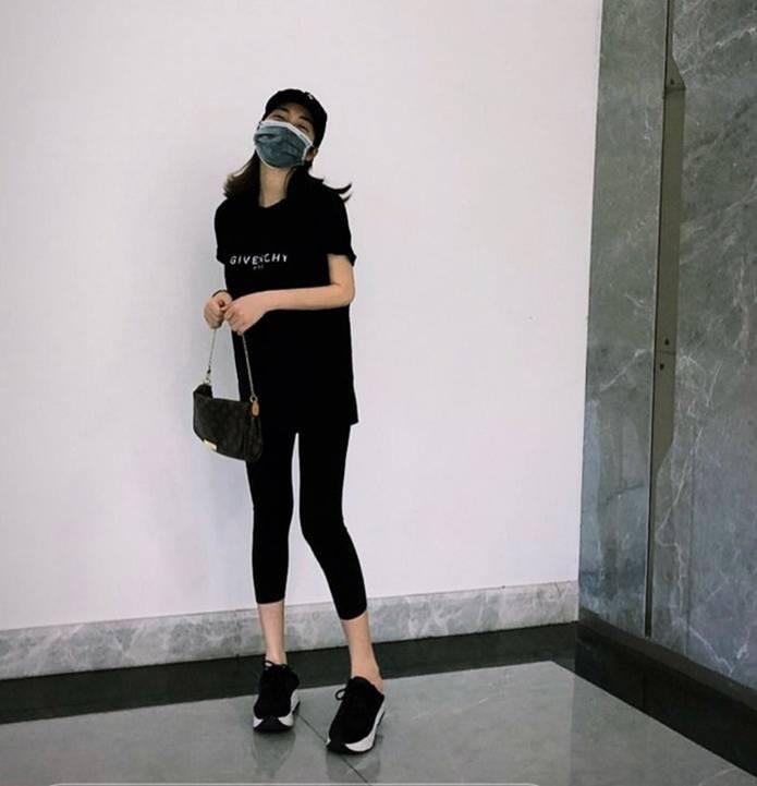 Hòa Minzy thay đổi phong cách sau tin đồn vừa sinh con-8