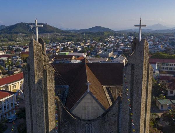Toàn cảnh hai nhà thờ lớn ở Huế trong dịp Giáng sinh-7