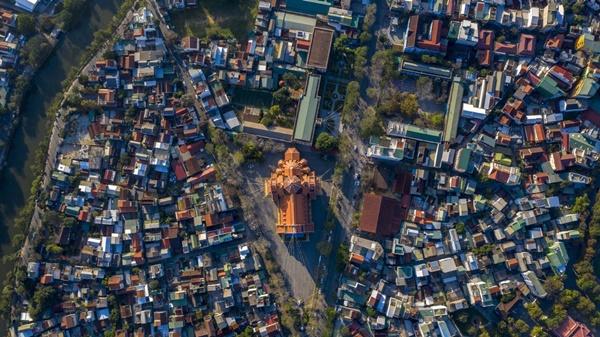 Toàn cảnh hai nhà thờ lớn ở Huế trong dịp Giáng sinh-11