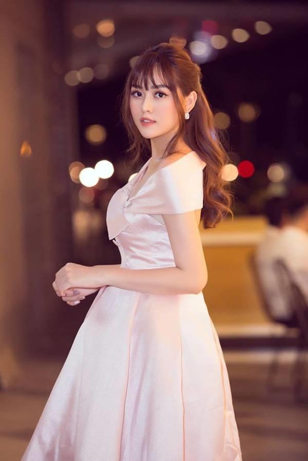 Tường San khoe vai trần yêu kiều, Hoàng Thuỳ bất ngờ cắt tóc ngắn trẻ trung-2