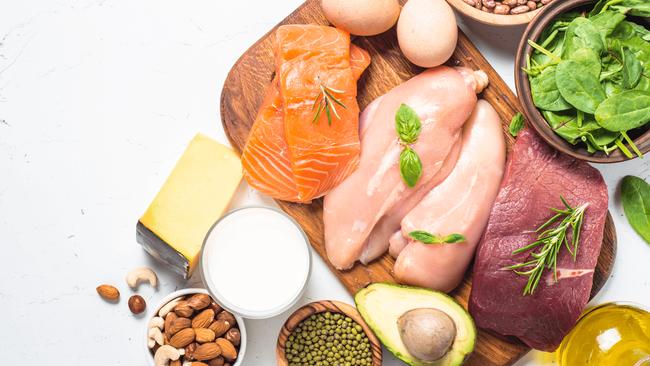 Giá thịt gà, bò, thủy hải sản đều đang leo thang cùng với chế phẩm từ thịt lợn-2