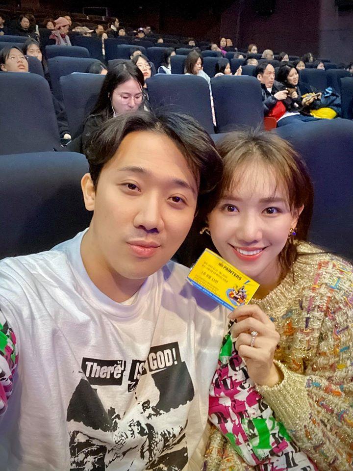 Du hí Hàn Quốc cùng Hari Won, Trấn Thành bị soi kiểu tóc nhìn không thể mê nổi-1