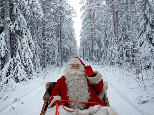 Bức thư trả lời câu hỏi Ông già Noel có tồn tại trên đời hay không? lay động hàng triệu trái tim-1