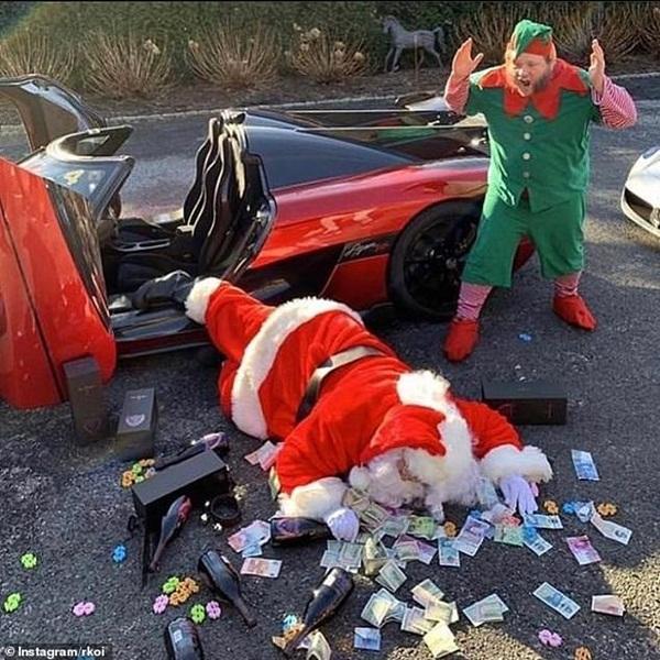 Hội rich kid đua nhau khoe ảnh Giáng sinh xa xỉ với phi cơ riêng, siêu xe bạc tỉ... khiến ai cũng phải lác mắt vì độ giàu có-1