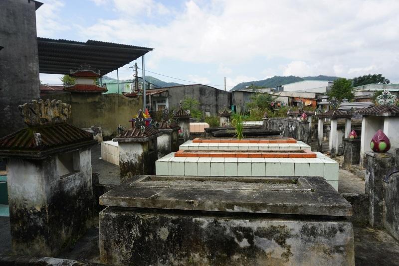 Ớn lạnh khu dân cư 'sống chung với hàng nghìn người chết' ở Đà Nẵng-1