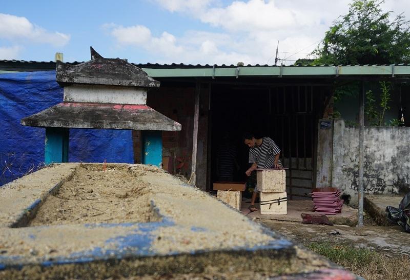 Ớn lạnh khu dân cư 'sống chung với hàng nghìn người chết' ở Đà Nẵng-5