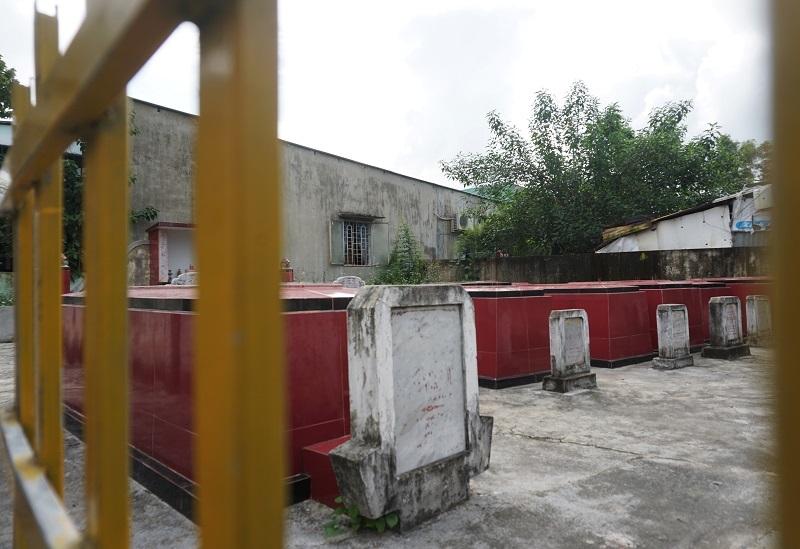Ớn lạnh khu dân cư 'sống chung với hàng nghìn người chết' ở Đà Nẵng-7