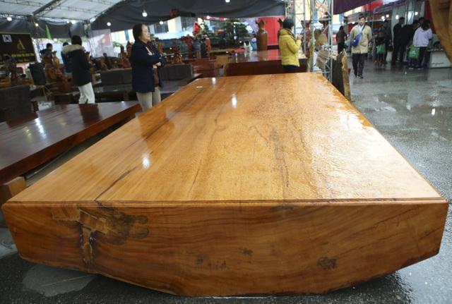 Chiêm ngưỡng những chiếc phản làm bằng gỗ cẩm giá hơn 2 tỷ-10