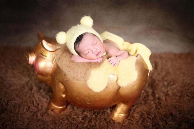 Con của cầu thủ, hot girl mới ra đời đã thành hot baby nổi tiếng mạng-3
