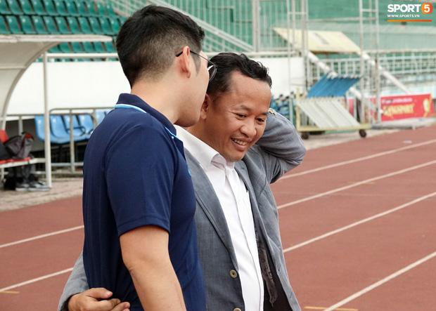 Trợ lý Lê Huy Khoa bất ngờ ghé thăm U23 Việt Nam, khẳng định vẫn còn hợp tác với thầy Park-1