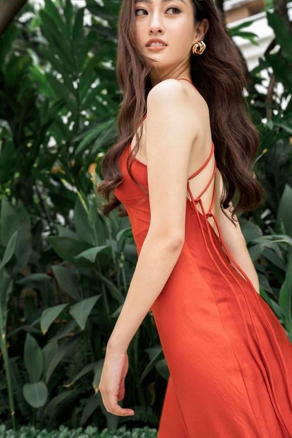 Hoa hậu Lương Thùy Linh hóa quý cô điệu đà trong loạt ảnh thời trang-10