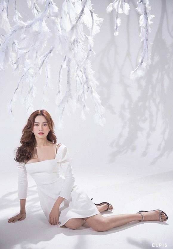 Ninh Dương Lan Ngọc trong bộ ảnh thời trang mới nhất không khác gì họa báo: Thì ra thần thái đỉnh cao là đây-8