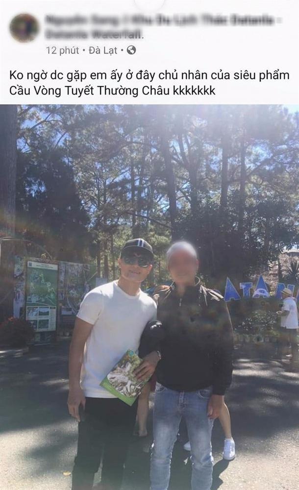 Quang Hải du lịch kín cùng bạn gái tin đồn Huyền My, fan lại vô tư đăng ảnh selfie cùng thần tượng để lộ tất cả?-6