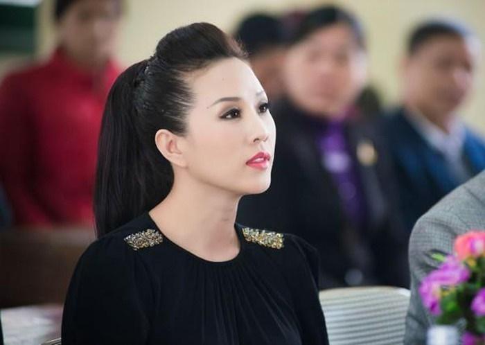 Biệt thự toàn đồ hiệu tiền tỷ của Hoa hậu Thu Hoài vừa được trai trẻ cầu hôn-2