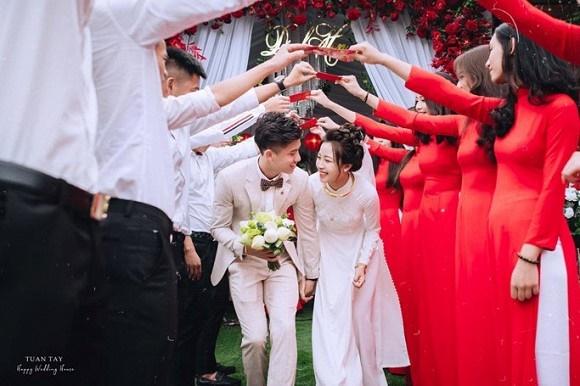Trọn bộ ảnh đẹp lung linh trong lễ đính hôn của Phan Văn Đức và Võ Nhật Linh-2