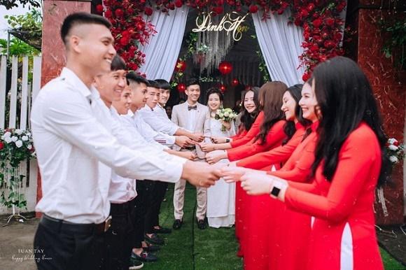 Trọn bộ ảnh đẹp lung linh trong lễ đính hôn của Phan Văn Đức và Võ Nhật Linh-7