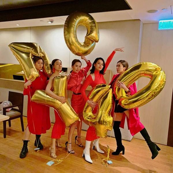 Hội bạn thân quyền lực nhất Hong Kong: Toàn mỹ nhân xinh đẹp, nóng bỏng và giàu có-4
