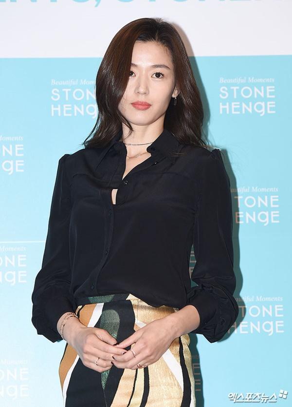 Sao Hàn là đại gia bất động sản năm 2019: Vị trí đầu tiên bất ngờ thuộc về nữ diễn viên nổi tiếng ai cũng biết-1