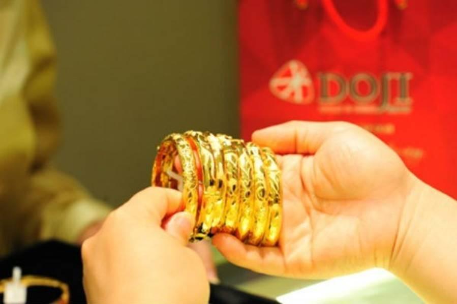 Giá vàng hôm nay 29/12, vượt lên trên 42 triệu đồng/lượng-2
