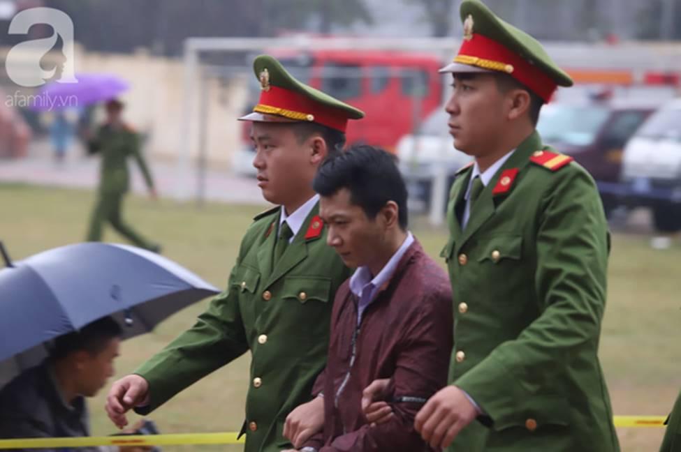 Tuyên án đối với Bùi Văn Công và đồng bọn vụ nữ sinh giao gà bị hiếp dâm, sát hại ở Điện Biên: Đề nghị tử hình 6 bị cáo-3