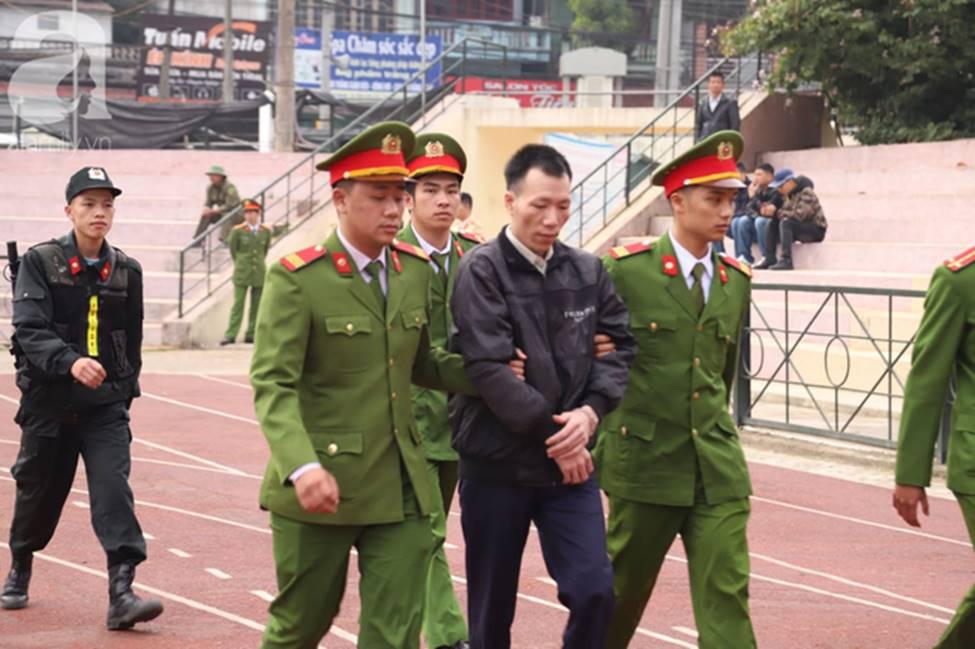 Tuyên án đối với Bùi Văn Công và đồng bọn vụ nữ sinh giao gà bị hiếp dâm, sát hại ở Điện Biên: Đề nghị tử hình 6 bị cáo-12