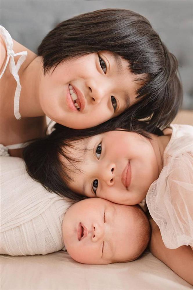 MC Minh Trang thú nhận đẻ 4 đứa con rất ồn ào và đau đầu, nhiều lúc chỉ ước... nhét hết cả đám lại vào bụng khiến chị em cười lăn-3