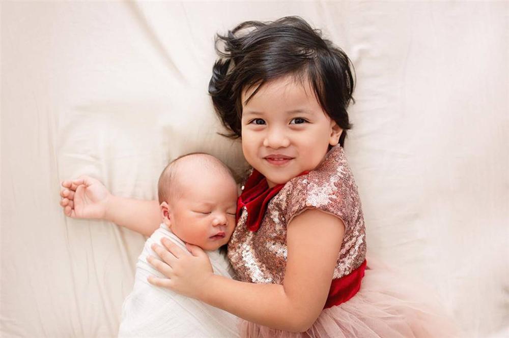 MC Minh Trang thú nhận đẻ 4 đứa con rất ồn ào và đau đầu, nhiều lúc chỉ ước... nhét hết cả đám lại vào bụng khiến chị em cười lăn-4