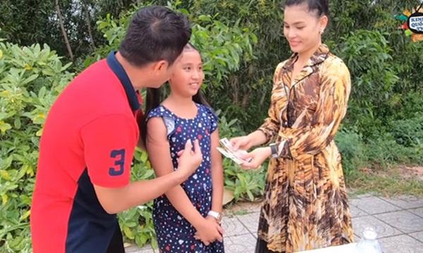 Kinh Quốc nói gì khi để trẻ em thực hiện clip thách ăn nhận tiền gây tranh cãi?-1