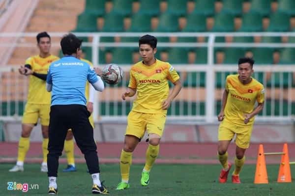 Ai sẽ đảm nhận vị trí hậu vệ phải U23 Việt Nam thay Tấn Tài?-1