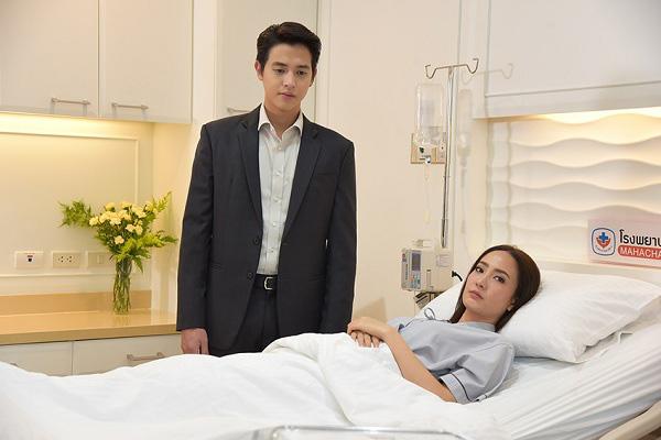 Rời phòng sinh, tôi đưa mắt tìm người nhà nhưng chồng tôi trừng mắt quát: Toàn kẻ lừa đảo rồi bỏ đi trước sự ngỡ ngàng của bác sĩ-2