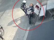 Phá khóa trộm xe máy bất thành ở TP.HCM