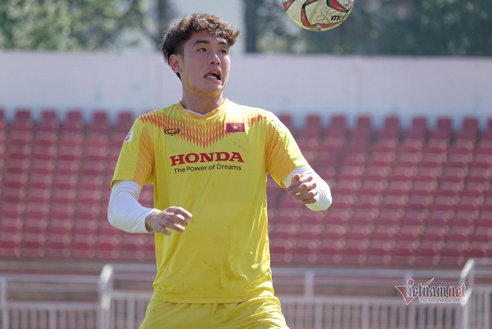 Sao U23 Việt Nam đáp cực gắt Messi Thái sau lời khiêu chiến-7