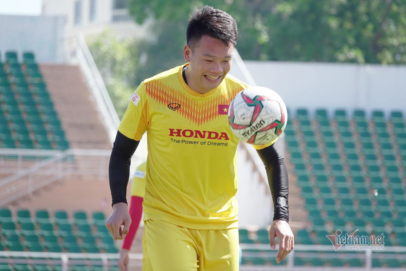 Sao U23 Việt Nam đáp cực gắt Messi Thái sau lời khiêu chiến-6