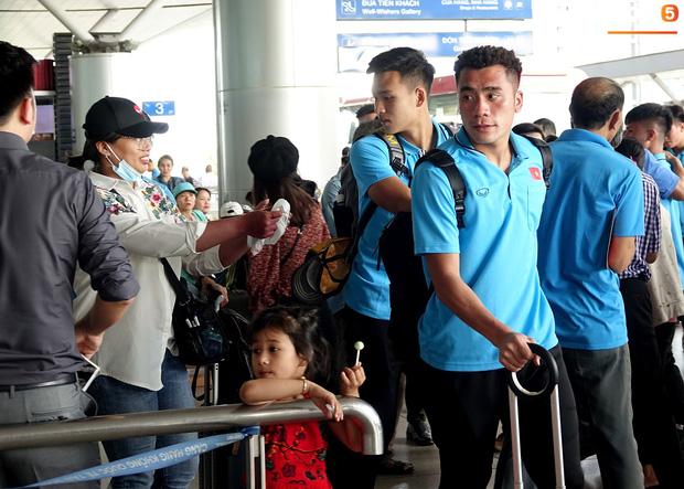 Khẩu hiệu mới cực chất của U23 Việt Nam: Anh em bốn bể là nhà. Người dưng khác họ vẫn là anh em-2