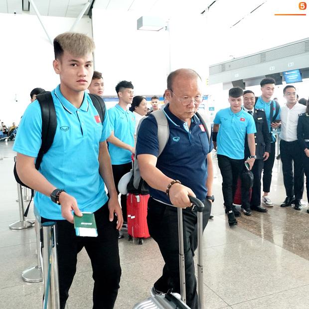 Khẩu hiệu mới cực chất của U23 Việt Nam: Anh em bốn bể là nhà. Người dưng khác họ vẫn là anh em-7