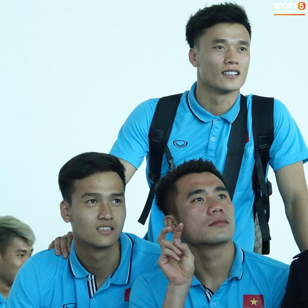 Khẩu hiệu mới cực chất của U23 Việt Nam: Anh em bốn bể là nhà. Người dưng khác họ vẫn là anh em-12