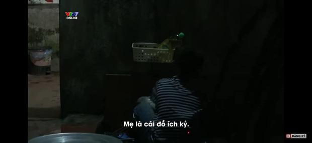 Bị đánh mắng suốt ngày, cô bé 10 tuổi quay clip uất hận: Mẹ tôi là một người độc ác, tôi muốn tìm mẹ ruột, mẹ chỉ thương em trai-2