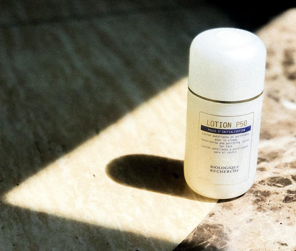 7 loại toner giúp làm sạch cặn bẩn trên da, thực sự thần kỳ để giúp da đẹp rực rỡ đón Tết-5