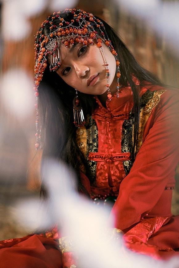 Khoe sắc với bộ ảnh cổ trang, Hoàng Yến Chibi gây tranh luận là đang hóa Tiểu Yến Tử hay Hàm Hương-6