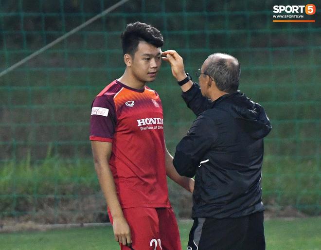 Tại sao Đình Trọng bị thầy Park gạch tên nhưng vẫn còn nguyên cơ hội dự VCK U23 châu Á 2020?-4