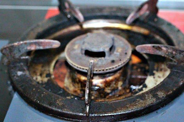 Dùng baking soda theo cách này, bếp gas cáu bẩn cả năm cũng sáng bóng sau vài phút-3