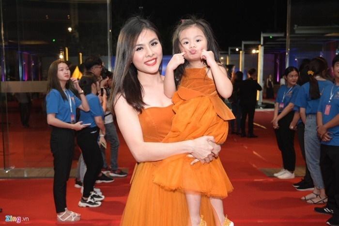Nhã Phương, Lan Ngọc và mỹ nhân Việt bước sang tuổi 30-5