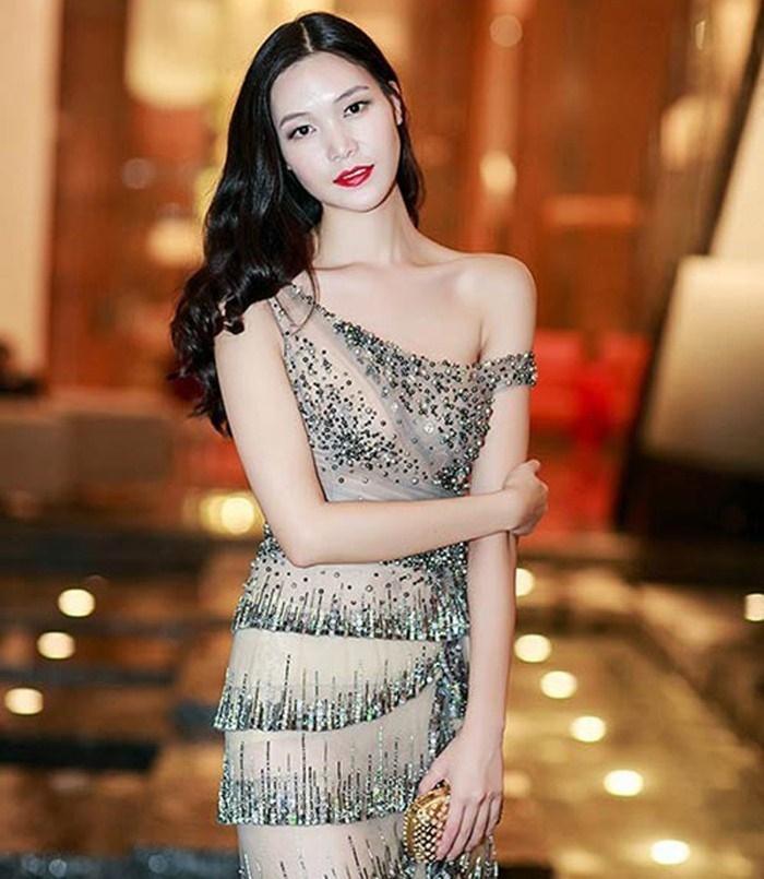 Nhã Phương, Lan Ngọc và mỹ nhân Việt bước sang tuổi 30-6